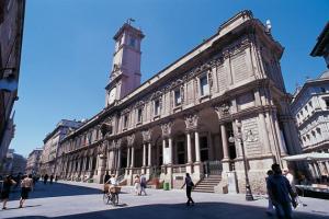 Palazzo_dei_Giureconsulti